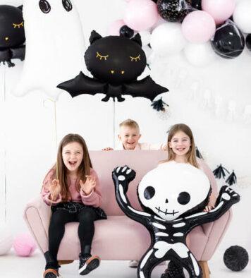 balon z helem na halloween