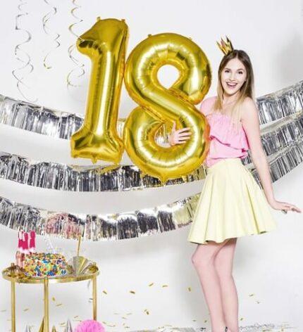 balony z helem na 18 urodziny